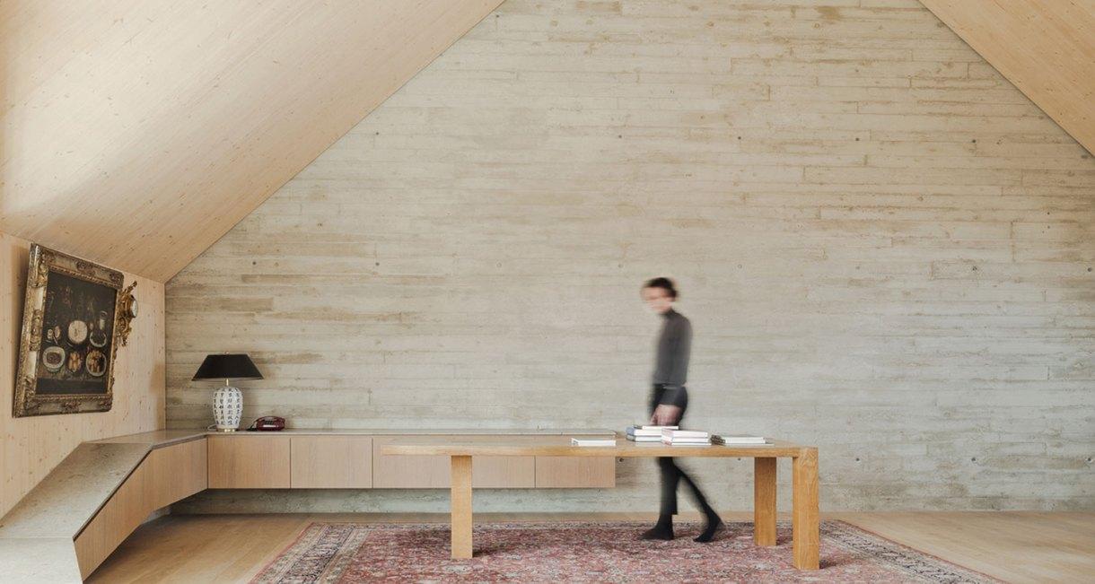 Roof-Extension-Maxvorstadt-Pool-Leber-Architekten-wooden-interior