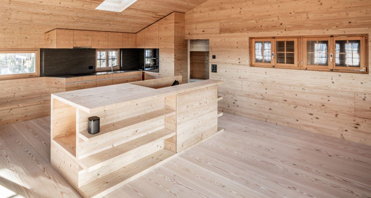 Wooden-Refurbishment-Holiday-Home-dolmus-Architekten-house-design-7