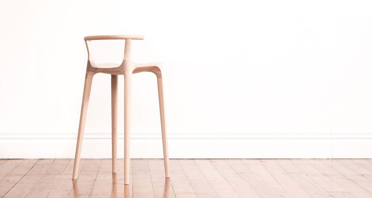 Elka-Stool-beautiful-horn-stool231
