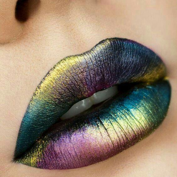labios metalizados multicolores
