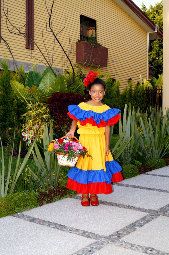 traje cumbia amarillo Colombia Muyska
