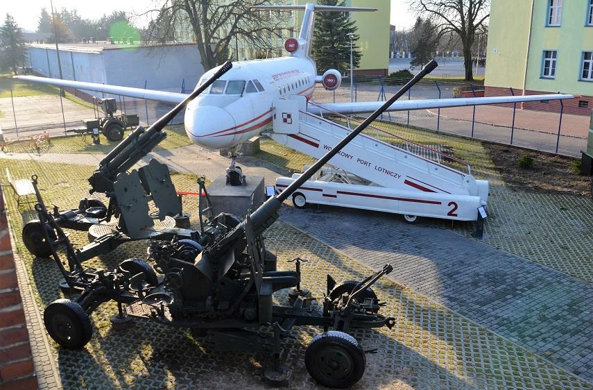 jak-40-muzeum-obrony-przeciwlotniczy-koszalin