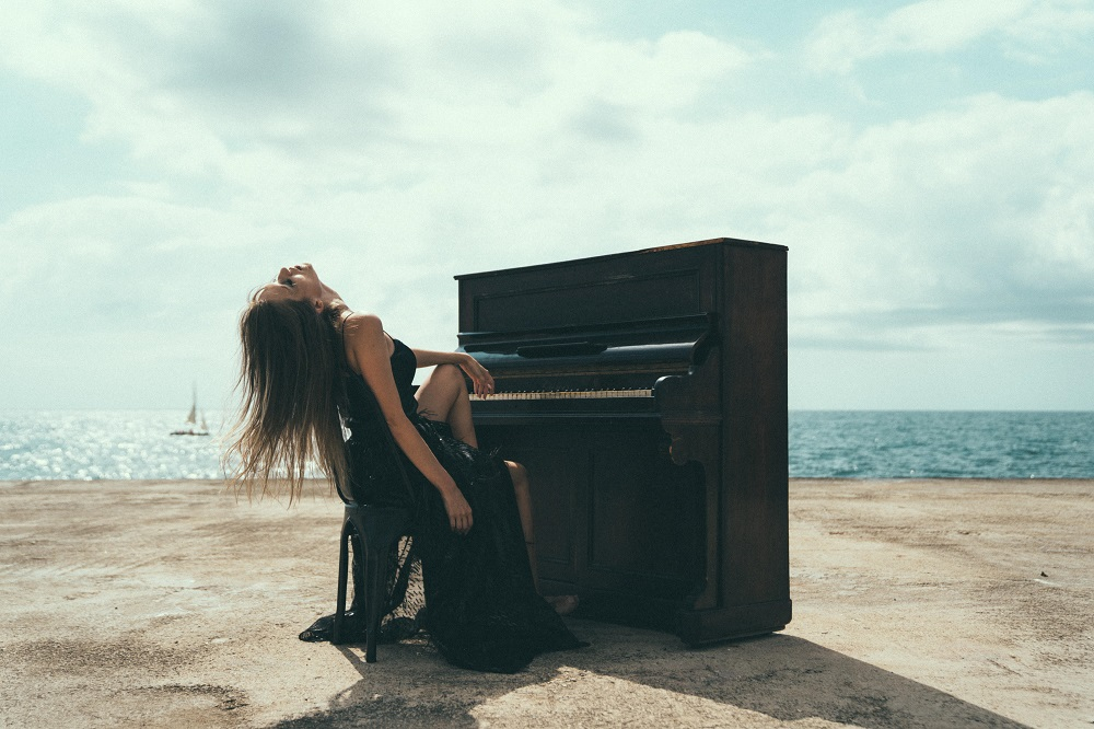 Exclusive Interview with Barcelona Indie-pop artist, Songwriter, and Model Marina Matiss