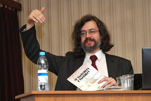 Профессор Роман Насонов прокомментировал сокращение штата в Московской консерватории