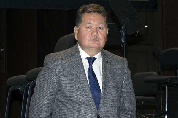Новосибирской филармонии представили нового директора Бейбита Мухамедина: стенограмма встречи с коллективом