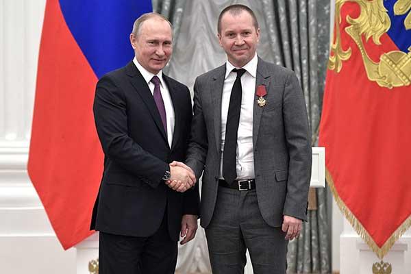 СМИ: Путин прокомментировал ситуацию с «Гоголь-центром»