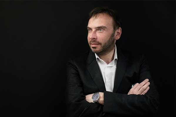 Дмитрий Бертман продолжит миссию народного артиста СССР Эри Класа