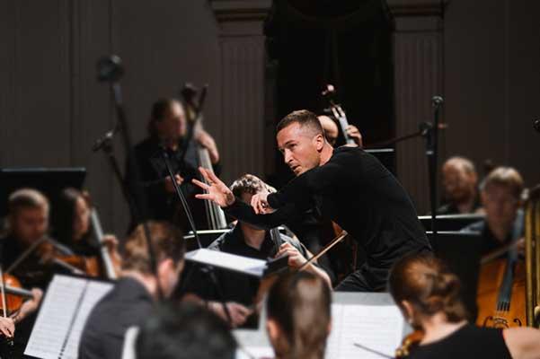 Артем Абашев, новый главный дирижер Пермского театра оперы и балета: «Раньше я настраивал рояли — а теперь оркестр»