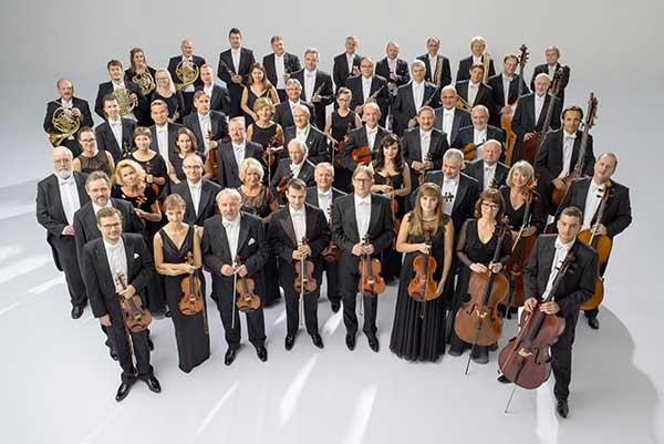 19 декабря — концерт к 100-летию Мечислава Вайнберга оркестра Sinfonia Varsovia (Польша) в зале «Зарядье»