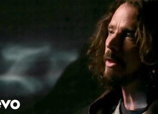 """Chris Cornell w ostatnim, antywojennym teledysku """"The Promise"""""""