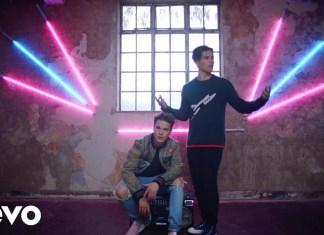 """Felix Jaehn, Alex Aiono i Hight: Imprezowy klip """"Hot2Touch"""" podbija sieć!"""