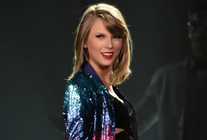 Taylor Swift szokuje fanów! (posłuchaj Look What You Made Me Do)