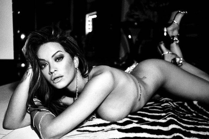 Rita Ora nago! Gwiazda wygląda jak milion dolarów (ZDJĘCIA)