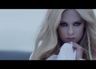 Nadmorskie krajobrazy Avril Lavigne (WIDEO)