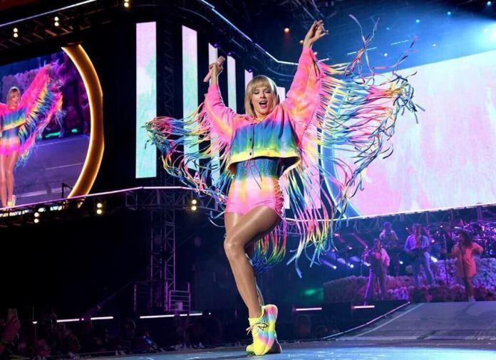 """Taylor Swift ogłasza nowy album """"Lover""""! (Szczegóły, DATA, okładka)"""