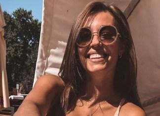Izabella Krzan w stroju kąpielowym