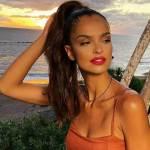 """Klaudia El Dursi pozuje na plaży. Internauci zachwyceni: """"Jesteś niedorzecznie piękna"""""""