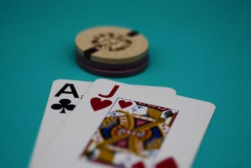 カードゲームとして定番のブラックジャック