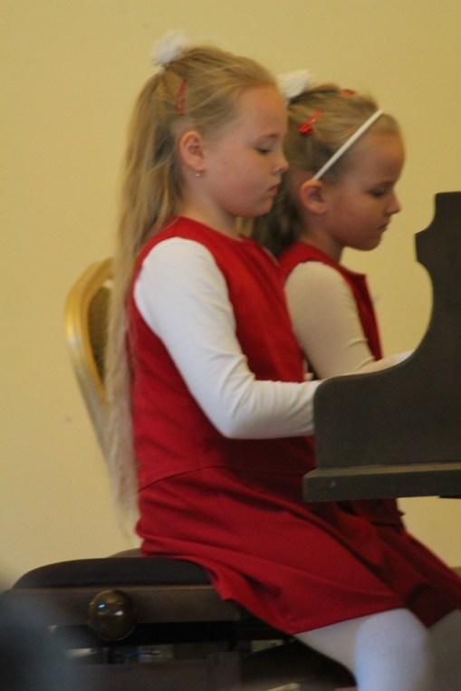 Uczestnicy V Przeglądu Szkół Muzycznych IMG_0807