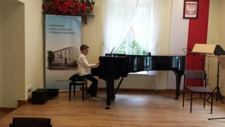 Koncert końcoworoczny uczniów NSM I i II stopnia w Leżajsku