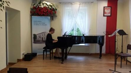 Koncert końcoworoczny uczniów NSM I i II stopnia w Leżajsku_24