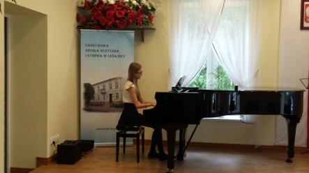 Koncert końcoworoczny uczniów NSM I i II stopnia w Leżajsku_25