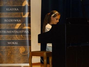 Koncert końcoworoczny uczniów NSM I i II stopnia w Sokołowie Małopolskim_26