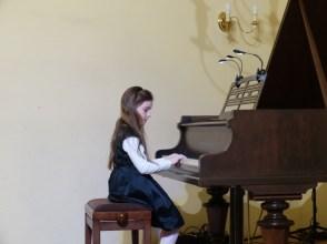 VI Przegląd Szkół Muzycznych (24-04-2016)_100