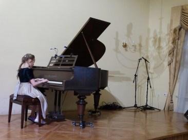 VI Przegląd Szkół Muzycznych (24-04-2016)_102
