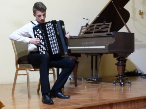 VI Przegląd Szkół Muzycznych (24-04-2016)_273