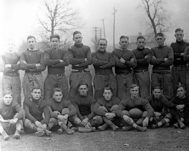 photo of Cornell College Football Team