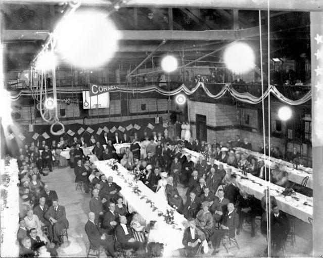 photo of Cornell Dinner