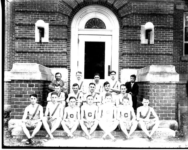photo of Cornell Track and Field Team