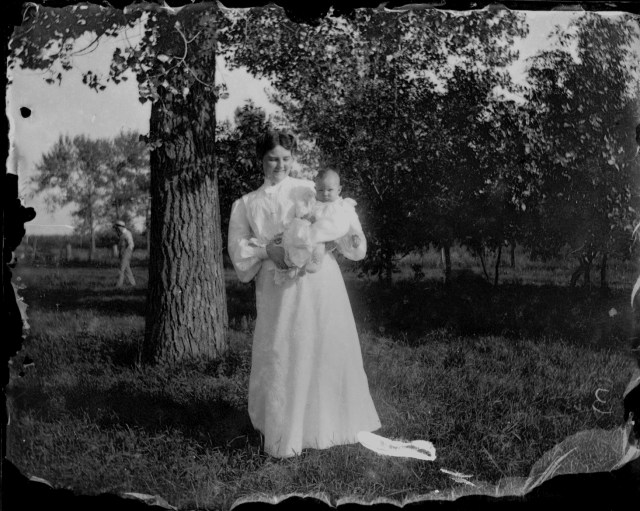 photo of Unidentified Mother and Child