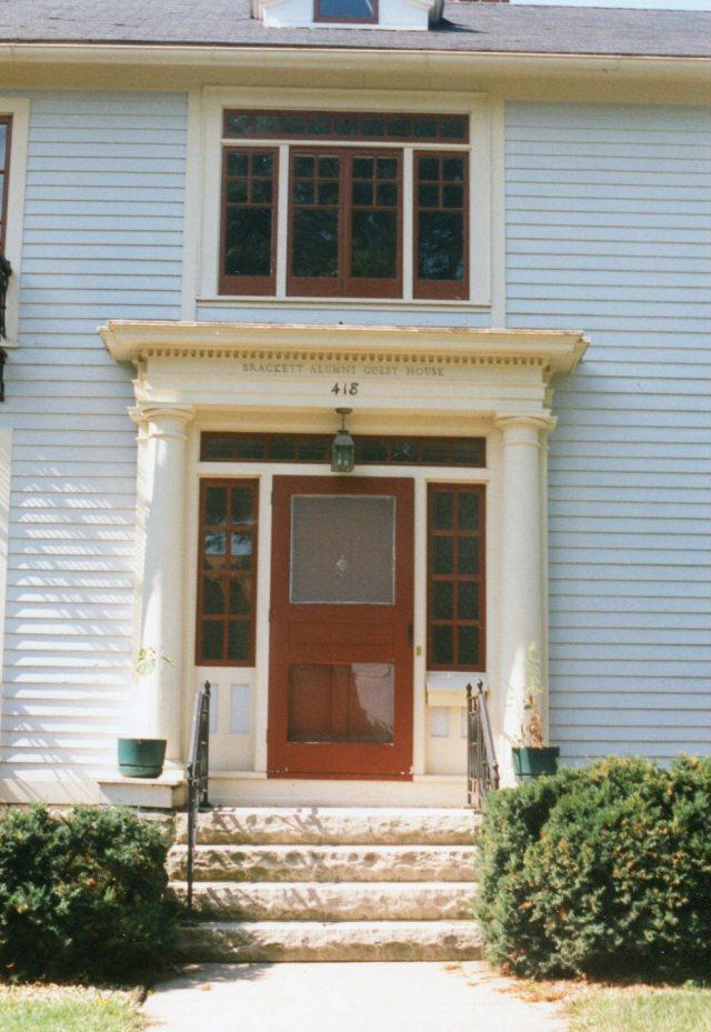 photo of Brackett Alumni Guest House