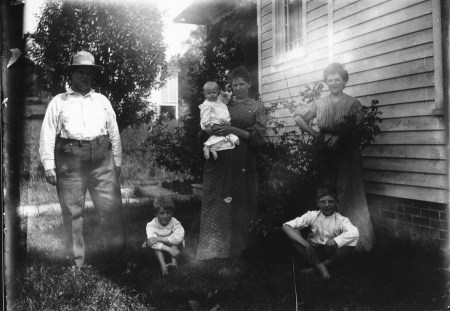 photo of Unidentified Family in front of a House
