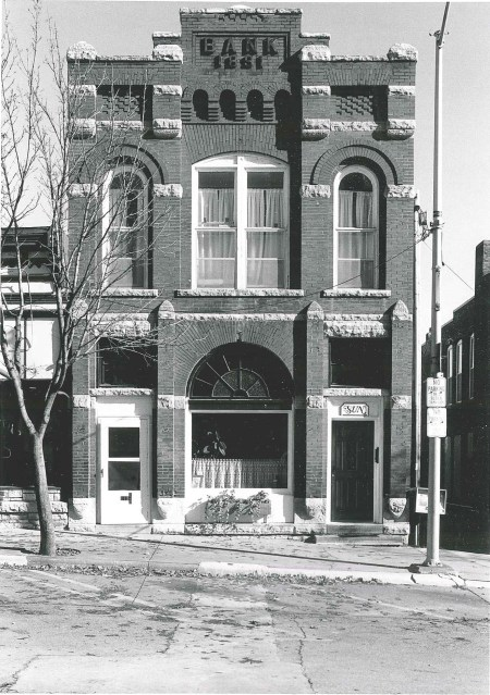 Photo of building at 113 First Street W. Photographed 1990 by Barbara Beving Long.