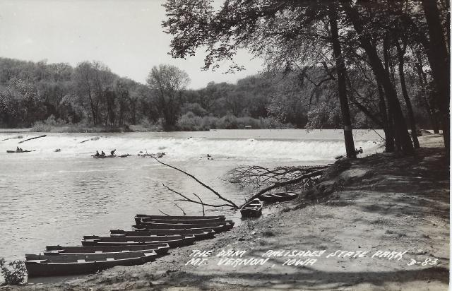 Photo of Palisades Dam postcard