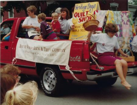 Photo of Heritage Day Parade, Mount Vernon Bank-1994