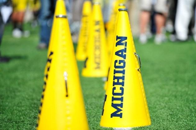 Michigan Football Cheerleaders