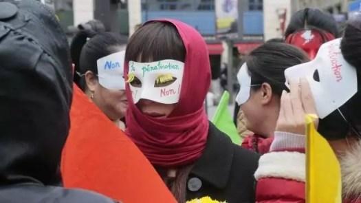 photo défilé samedi de quelques centaines de prostituées. © photo: afp