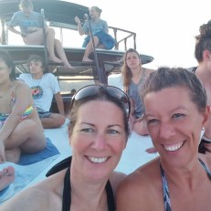 boat-cruise-on-the-bay