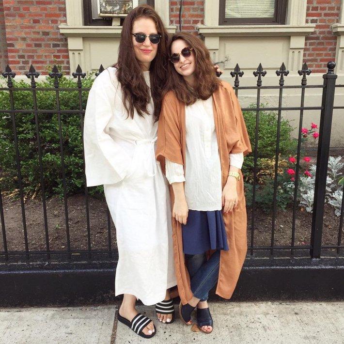 Mimu_Maxi_Sisters
