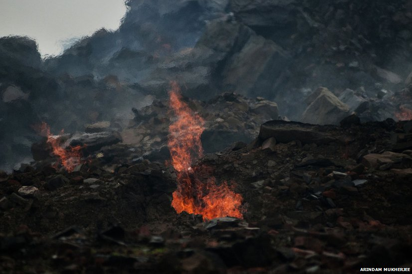 Fighting coal dust fires on mine site