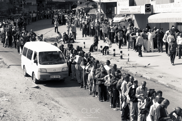 Moi Avenue Primary School, 0947hrs. The longest queue we saw. It went twice round the school perimeter and then some. Canon 60D. 60mm (EF 24-105mm f/4L IS USM) 1/640sec at f/8.0, ISO 320