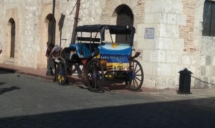 """coches"" decorative tourist transport"