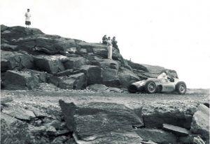 Carroll-Shelby-Ferrari-GP-1956-Climb-to-the-Clouds-688x473-0-img2709
