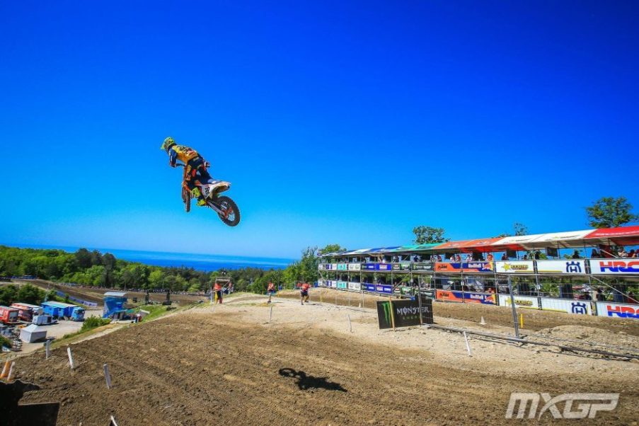 Russian Gp Cairoli Back