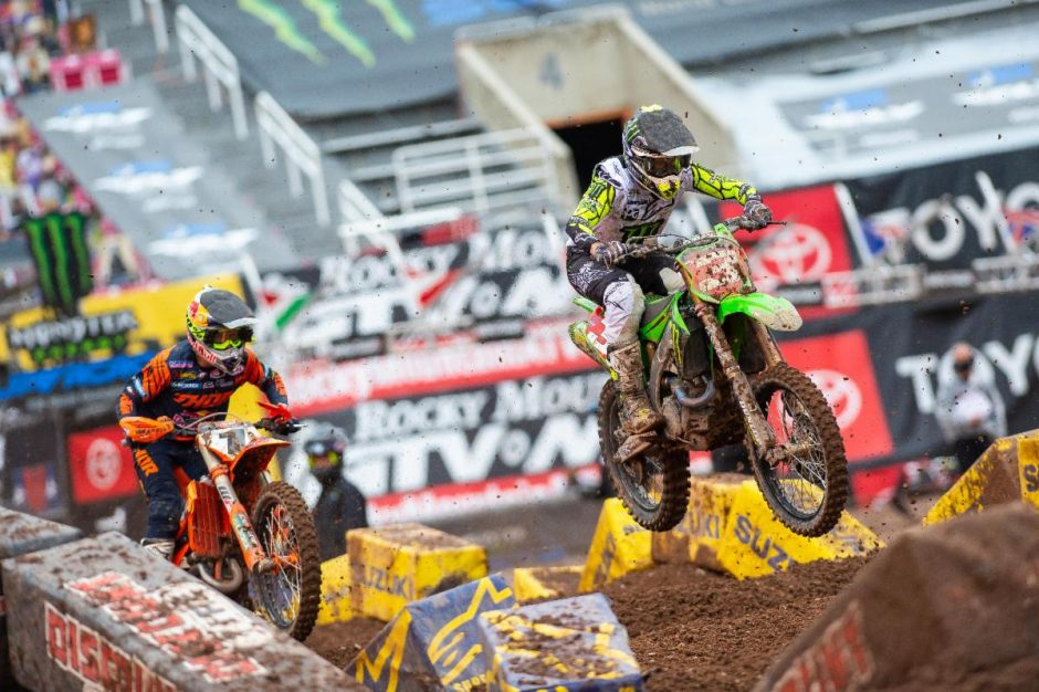 Elic TOmac and Cooper Webb leave everything on the track.