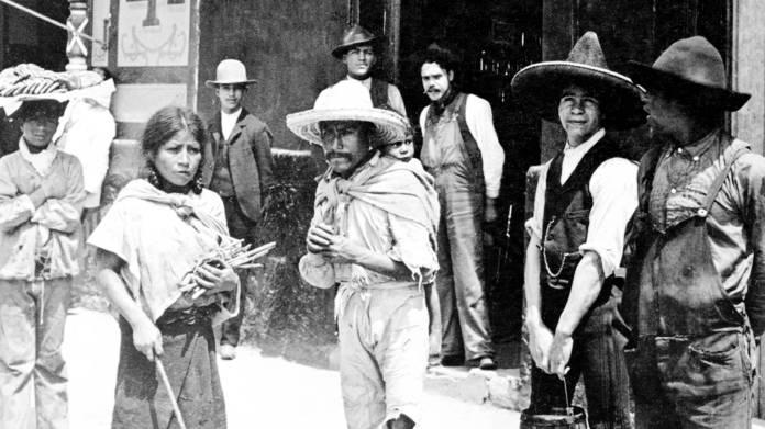 Las Tiendas de Raya during the dictatorship of Porfirio Díaz